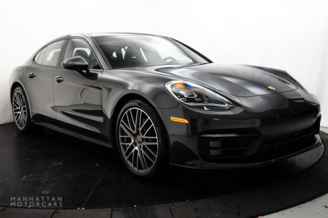 2022 Porsche Panamera 4:18 car images available