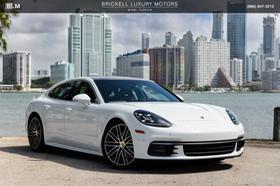 2017 Porsche Panamera 4S:24 car images available