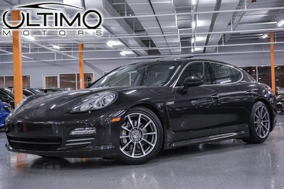 2010 Porsche Panamera 4S:24 car images available