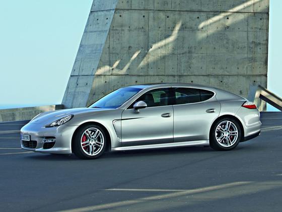 2010 Porsche Panamera 4S : Car has generic photo