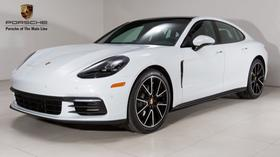 2018 Porsche Panamera 4S:24 car images available