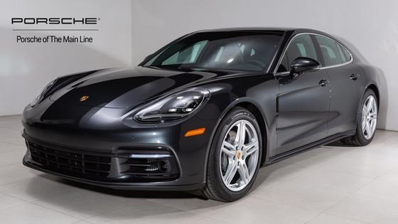 2018 Porsche Panamera 4S:22 car images available