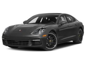 2019 Porsche Panamera 4S : Car has generic photo