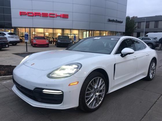 2017 Porsche Panamera 4S:20 car images available