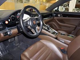 2017 Porsche Panamera 4S
