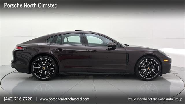 2022 Porsche Panamera 4S:24 car images available