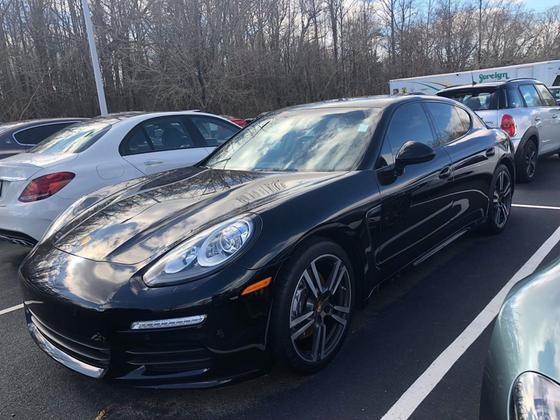2016 Porsche Panamera Edition:24 car images available