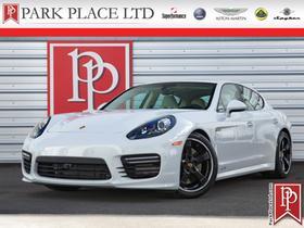 2016 Porsche Panamera GTS:24 car images available