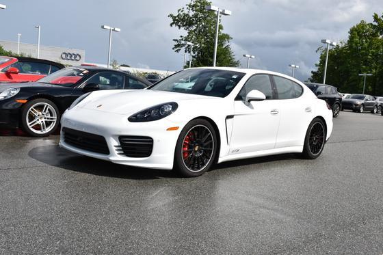 2016 Porsche Panamera GTS:4 car images available
