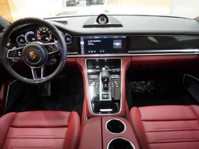 2020 Porsche Panamera GTS