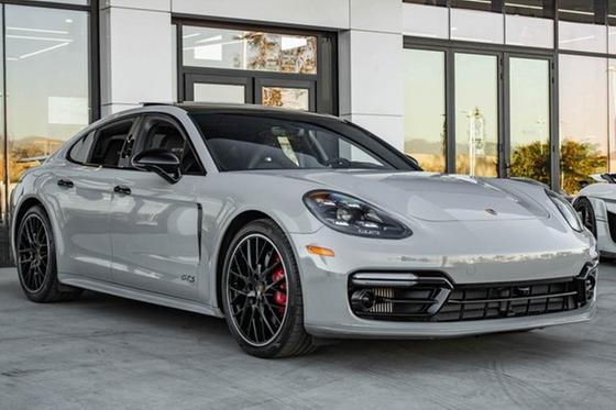 2019 Porsche Panamera GTS:24 car images available