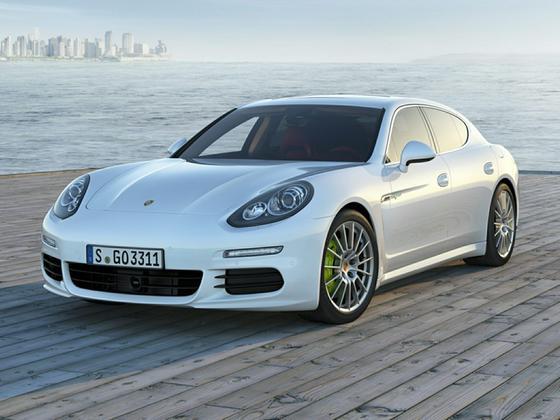 2016 Porsche Panamera S Hybrid : Car has generic photo
