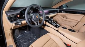 2019 Porsche Panamera S Hybrid