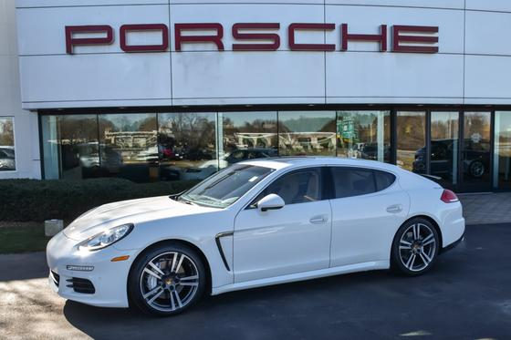 2016 Porsche Panamera S:24 car images available