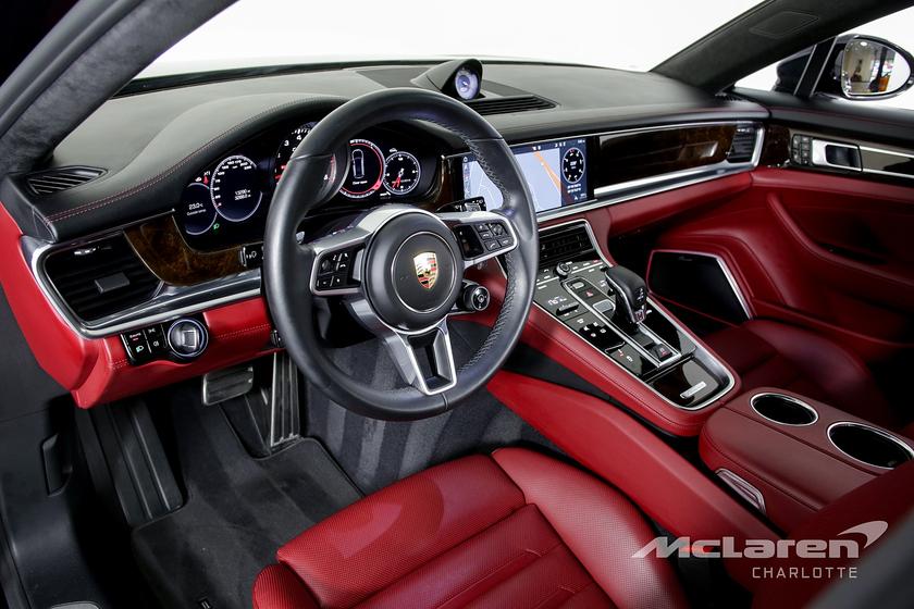 2018 Porsche Panamera Turbo Executive