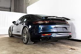2020 Porsche Panamera Turbo S E-Hybrid