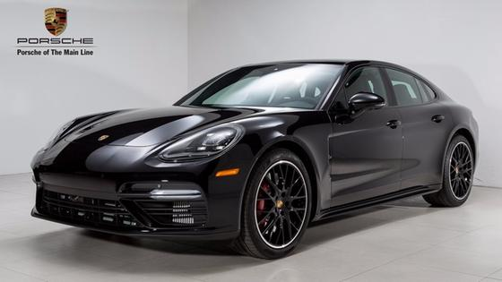 2017 Porsche Panamera Turbo:21 car images available