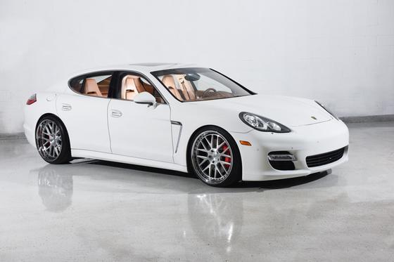 2011 Porsche Panamera Turbo:24 car images available