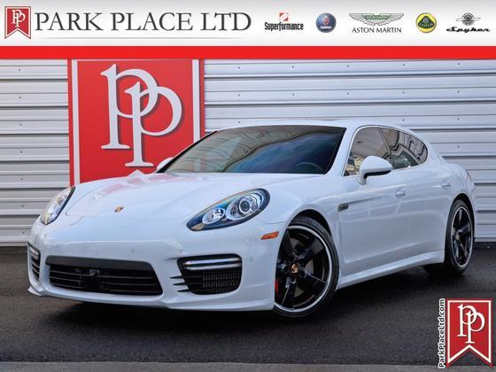 2014 Porsche Panamera Turbo:24 car images available