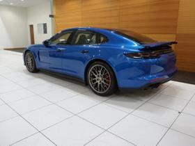 2018 Porsche Panamera Turbo