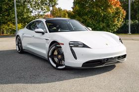 2020 Porsche Taycan 4S:24 car images available
