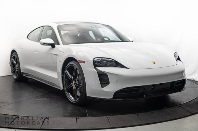 2020 Porsche Taycan Turbo:20 car images available