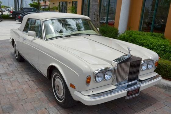 1990 Rolls Royce Corniche III:24 car images available