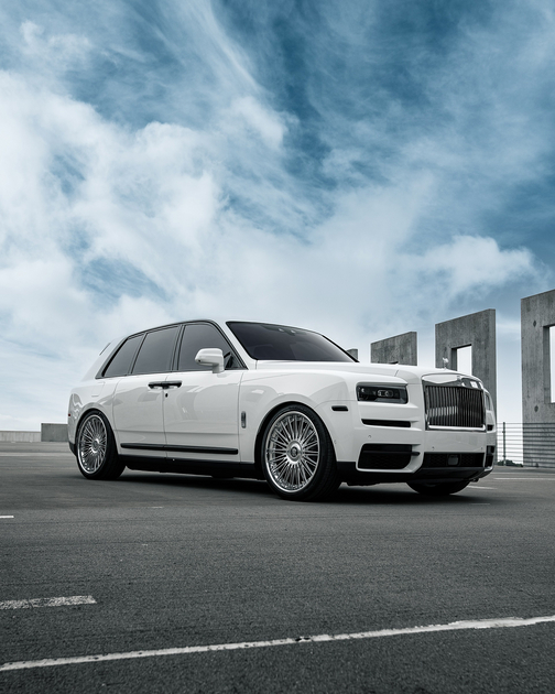 2019 Rolls-Royce Cullinan :6 car images available