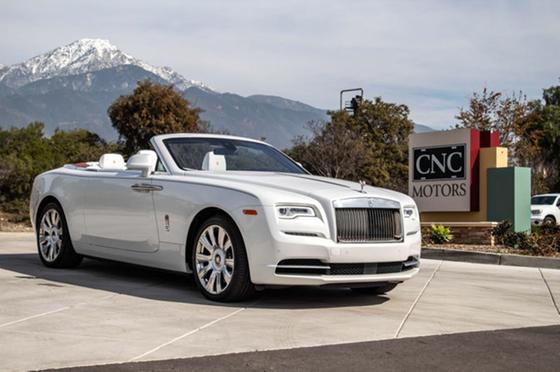 2017 Rolls Royce Dawn Convertible:24 car images available