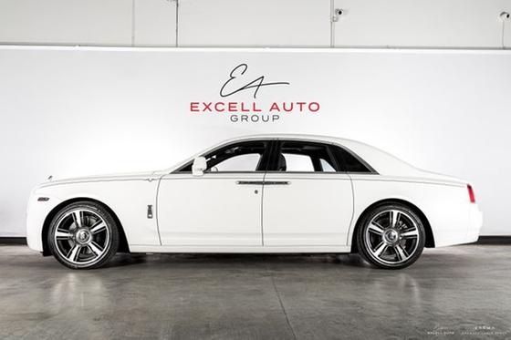 2014 Rolls-Royce Ghost V-Specification:24 car images available