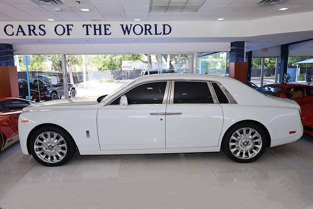 2021 Rolls-Royce Phantom :24 car images available