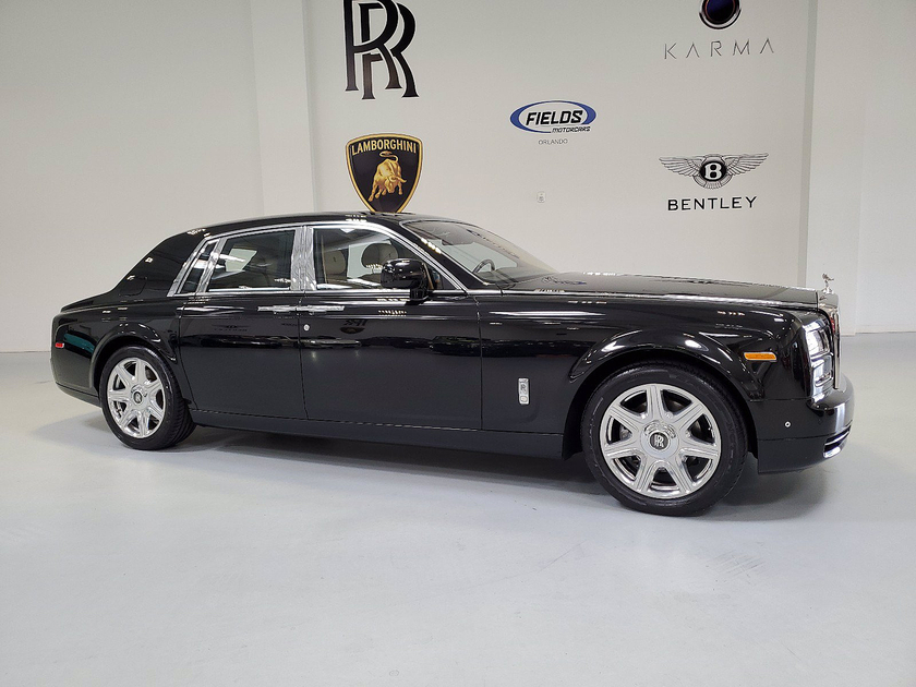 2013 Rolls-Royce Phantom Base:24 car images available