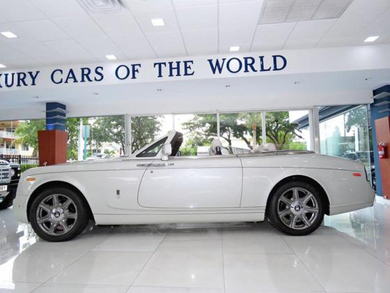 2015 Rolls Royce Phantom Drophead:24 car images available