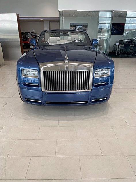 2016 Rolls-Royce Phantom Drophead:4 car images available