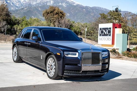 2018 Rolls Royce Phantom Sedan:24 car images available
