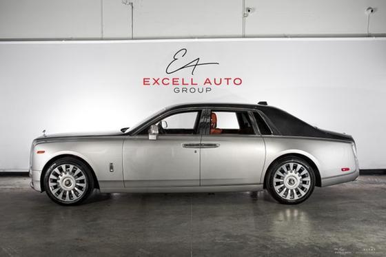 2018 Rolls Royce Phantom Sedan:24 car images available