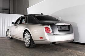 2018 Rolls Royce Phantom Sedan