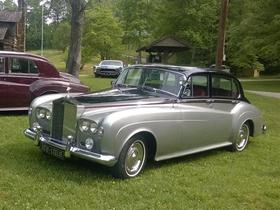 1965 Rolls Royce Silver Cloud lll : Car has generic photo