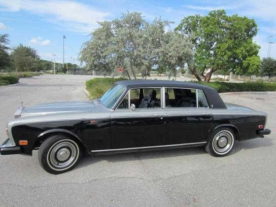 1974 Rolls Royce Silver Shadow :22 car images available