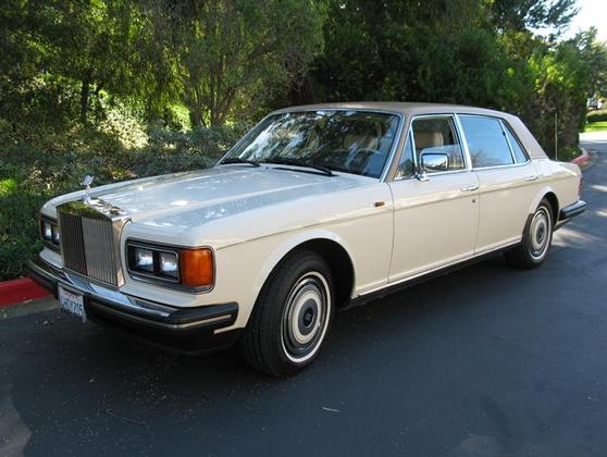 1988 Rolls Royce Silver Spur :9 car images available
