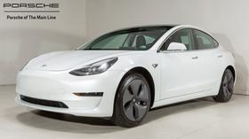 2019 Tesla Model 3 :22 car images available