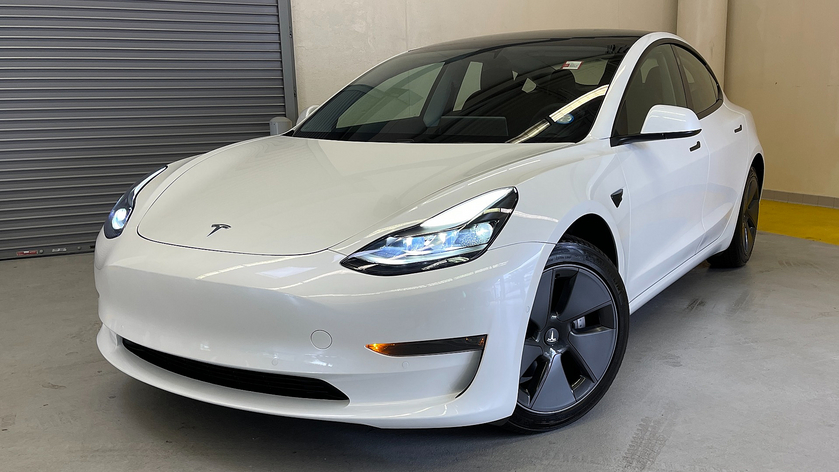 2021 Tesla Model 3 :24 car images available