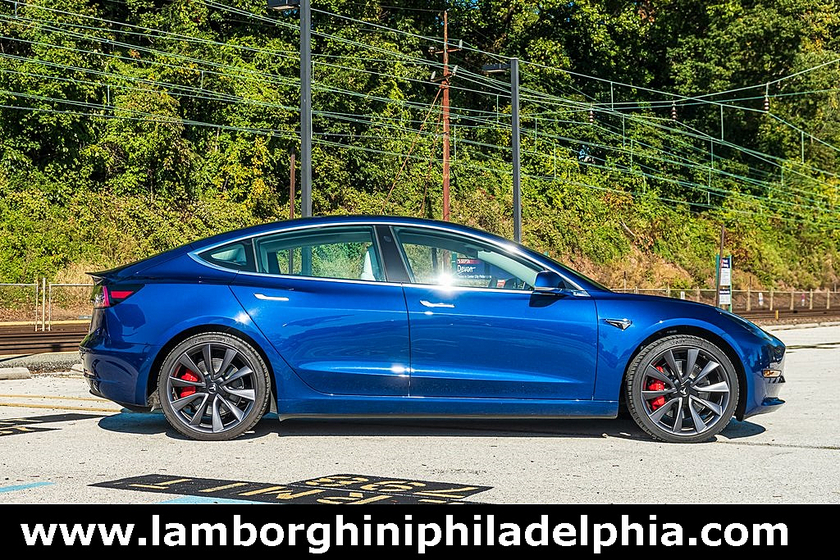 2020 Tesla Model 3 Performance:9 car images available