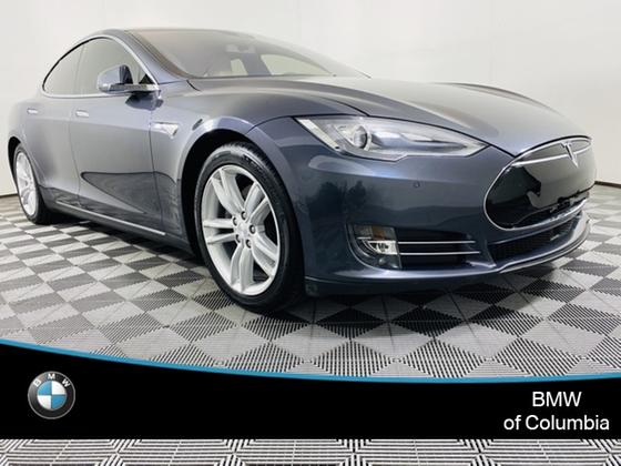 2016 Tesla Model S 70:24 car images available
