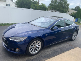 2016 Tesla Model S 70D:14 car images available