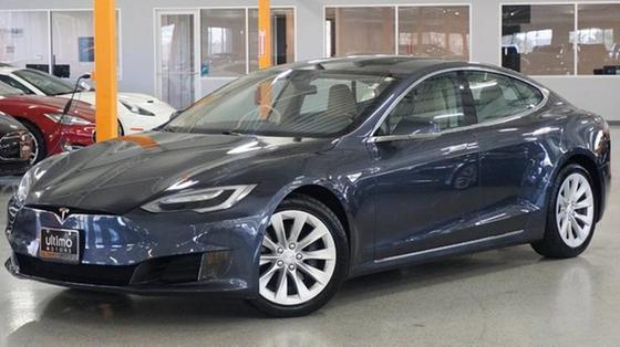 2016 Tesla Model S 75D:24 car images available