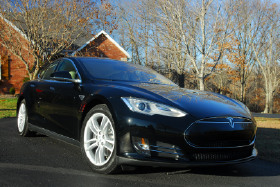 2012 Tesla Model S 85:12 car images available
