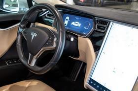 2015 Tesla Model S 85D