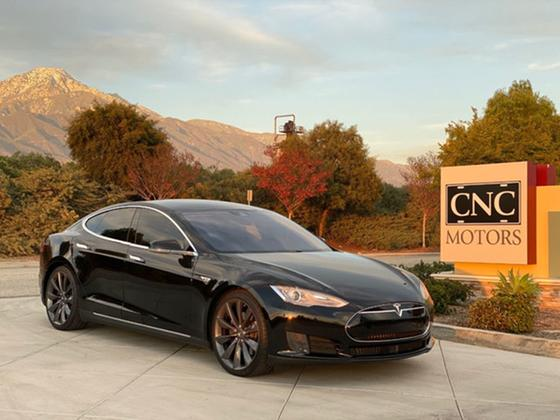 2015 Tesla Model S 85D:11 car images available