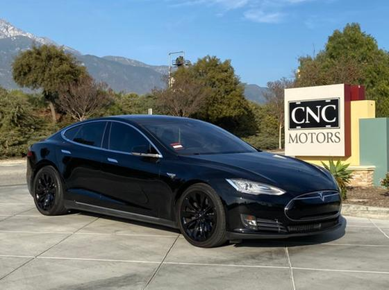 2015 Tesla Model S 85D:10 car images available